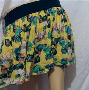 (XS) Abercrombie&Fitch Floral Miniskirt